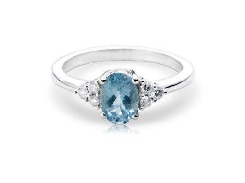 White gold aquamarine and diamond oval ring